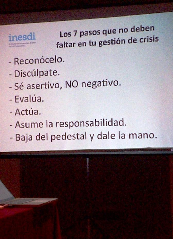 Cómo-gestionar-una-crisis-en-social-media